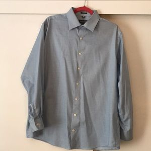 Men's blue and white collared dress shirt